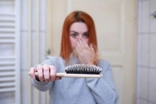 vypadávanie vlasov a Parusan